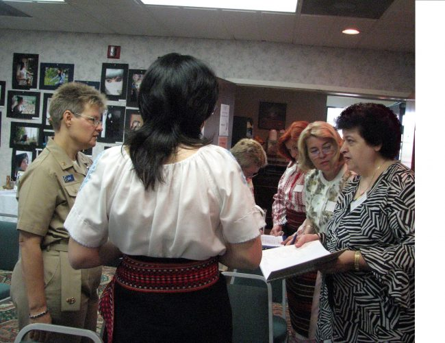 Alina Jilavu, Lidia Badulescu, Veterana US Navy Si Smaranda Livescu